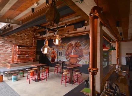 Juke Bar 1